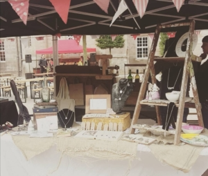 OnlyWillow craft table setup